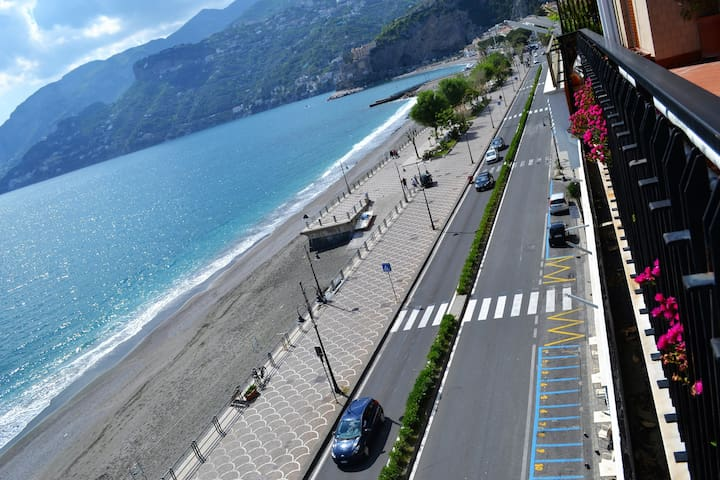 Seaview Amalficoast Holiday - Maiori - Hus