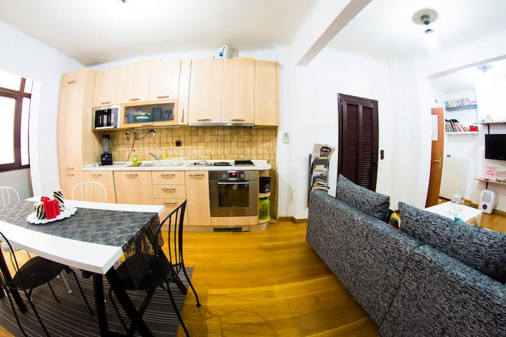 city-center fully equipped modern apartment - Thessaloniki - Leilighet