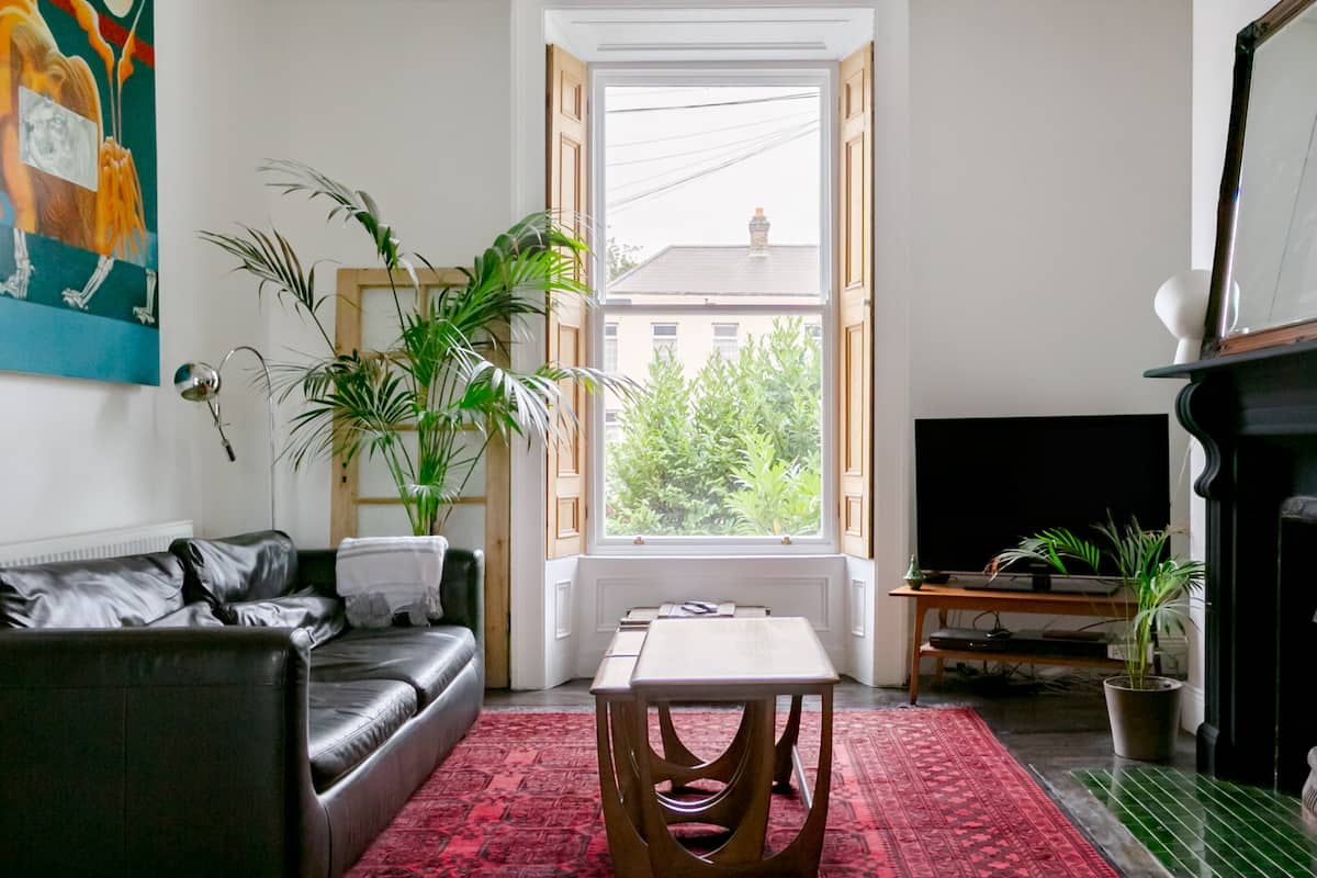 Retreat to a Luxury, City Center Townhouse