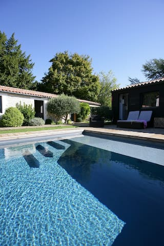 villa piscine privative 10 personnes
