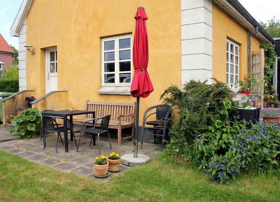 Two room apartment with terrace flats for rent in aarhus for Danish terrace