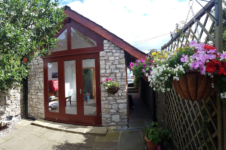 Studio and courtyard