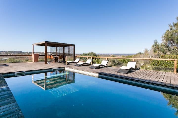 Seaside design villa