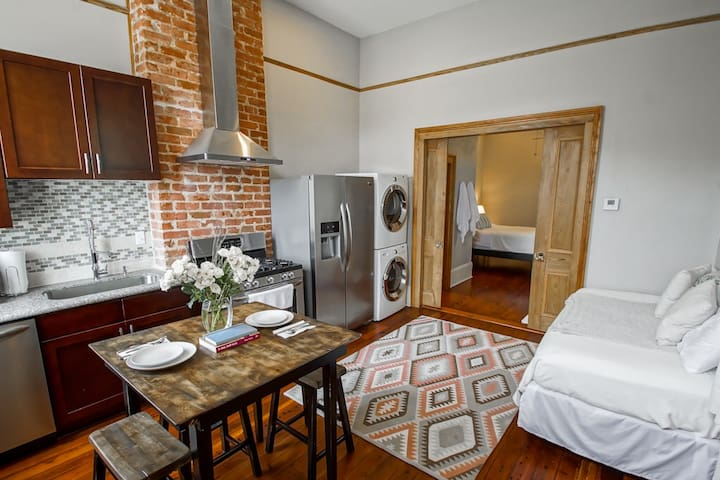 1880s Historic Tremé home just outside the FQ