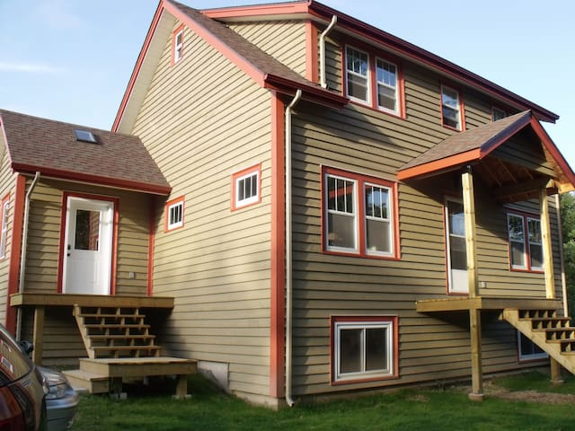 COME STAY AT THE TANTALLON HOUSE - Upper Tantallon - Casa