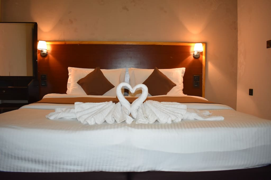 Rooms - Fully equipped with TV, WIFI AC & Safe
