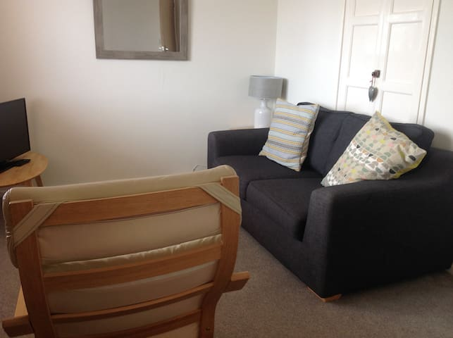One Bedroom First Floor Apartment - Padstow - Lejlighed