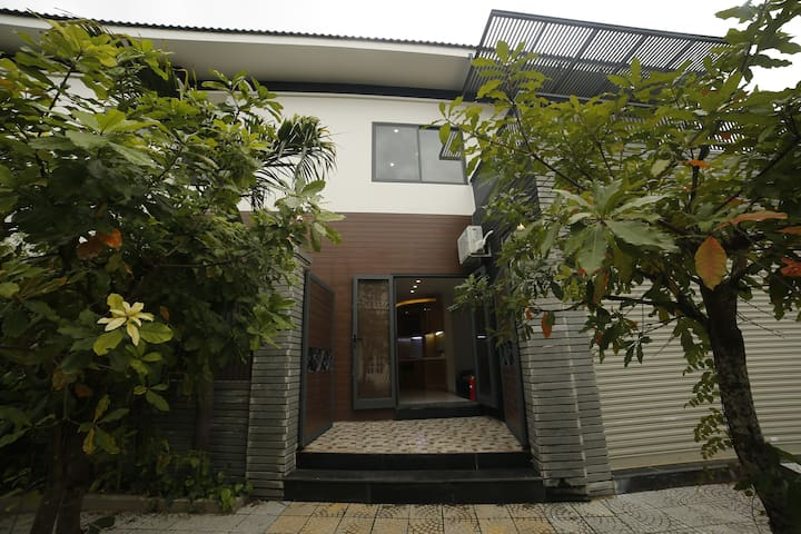 Promotion Nearby My Khe Beach 4BR Modern Villa