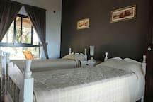 Habitación doble con dos camas singles