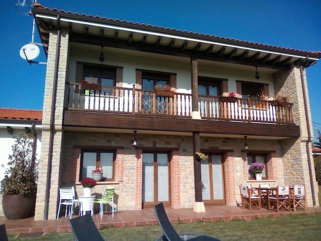 Villa tiviti en el corazon de asturias .