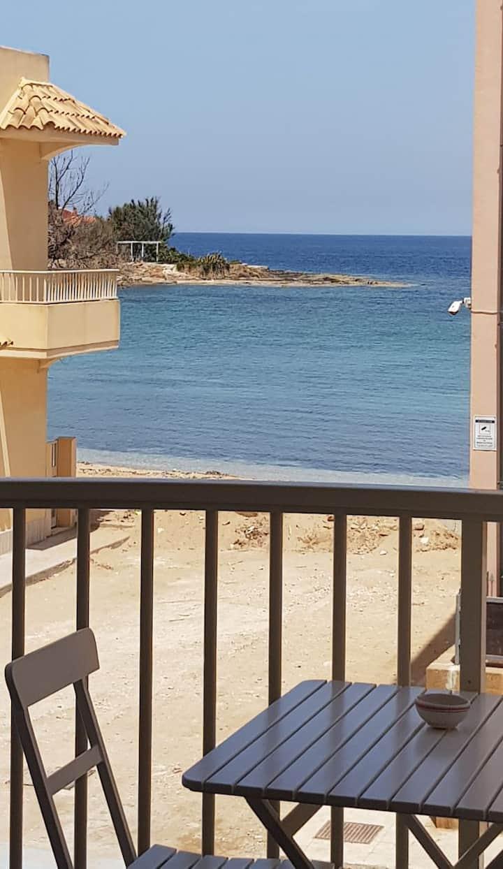La Casa di Cinzia a Marzamemi, il mare sotto Casa