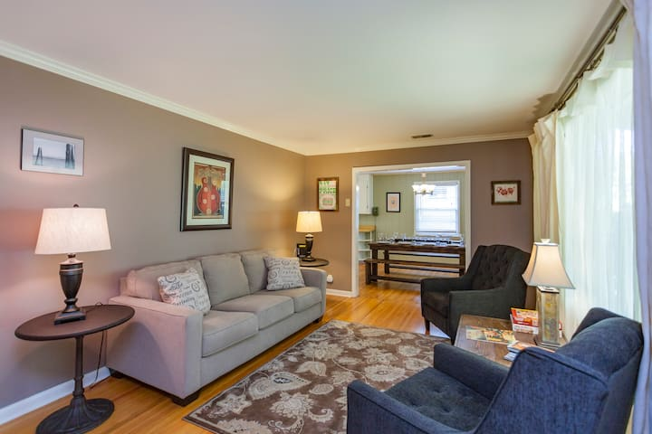 Spacious, Quiet, Perfect for Groups in East Nash - Nashville - Casa