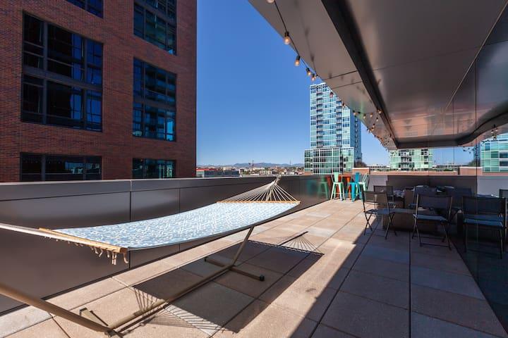 Luxury 1BR w 500sqft deck in LoDo! 90 Walkscore!