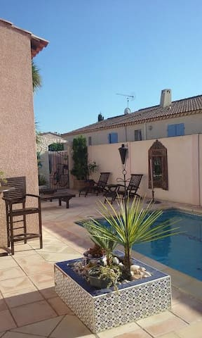Uchaud entre nimes&montpellier chambre confortable