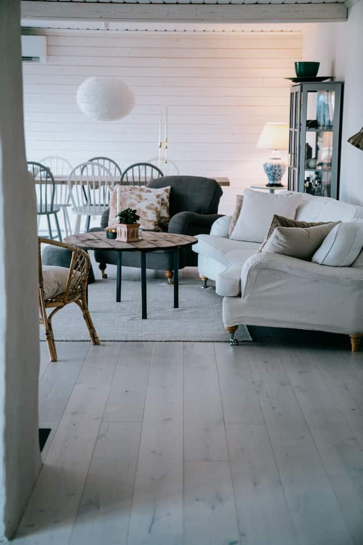 Stor villa med fantastisk utsikt på Öland
