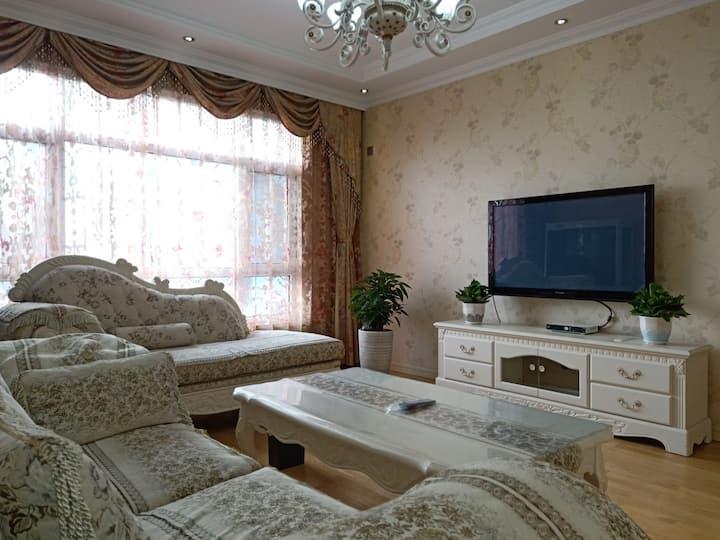 「暖暖的家」精装两室简欧 双空调密码锁