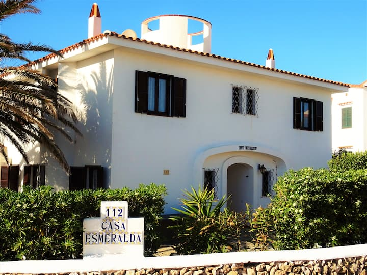 Casa Esmeralda only 100 meters from the sea