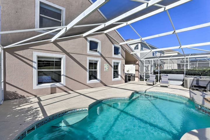 Modern, Well-Kept Davenport Home w/Pool & Hot Tub!