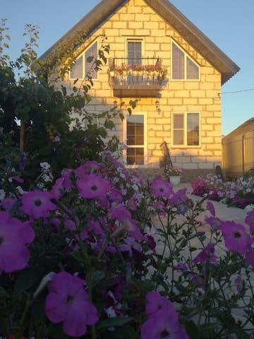 Гостевой дом Тихая улочка