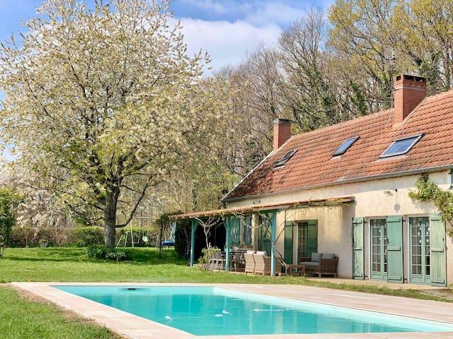 Maison Familiale - Piscine, Calme & Nature