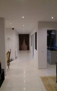 étage de villa richement meublée 140m² - Marsa - Apartemen