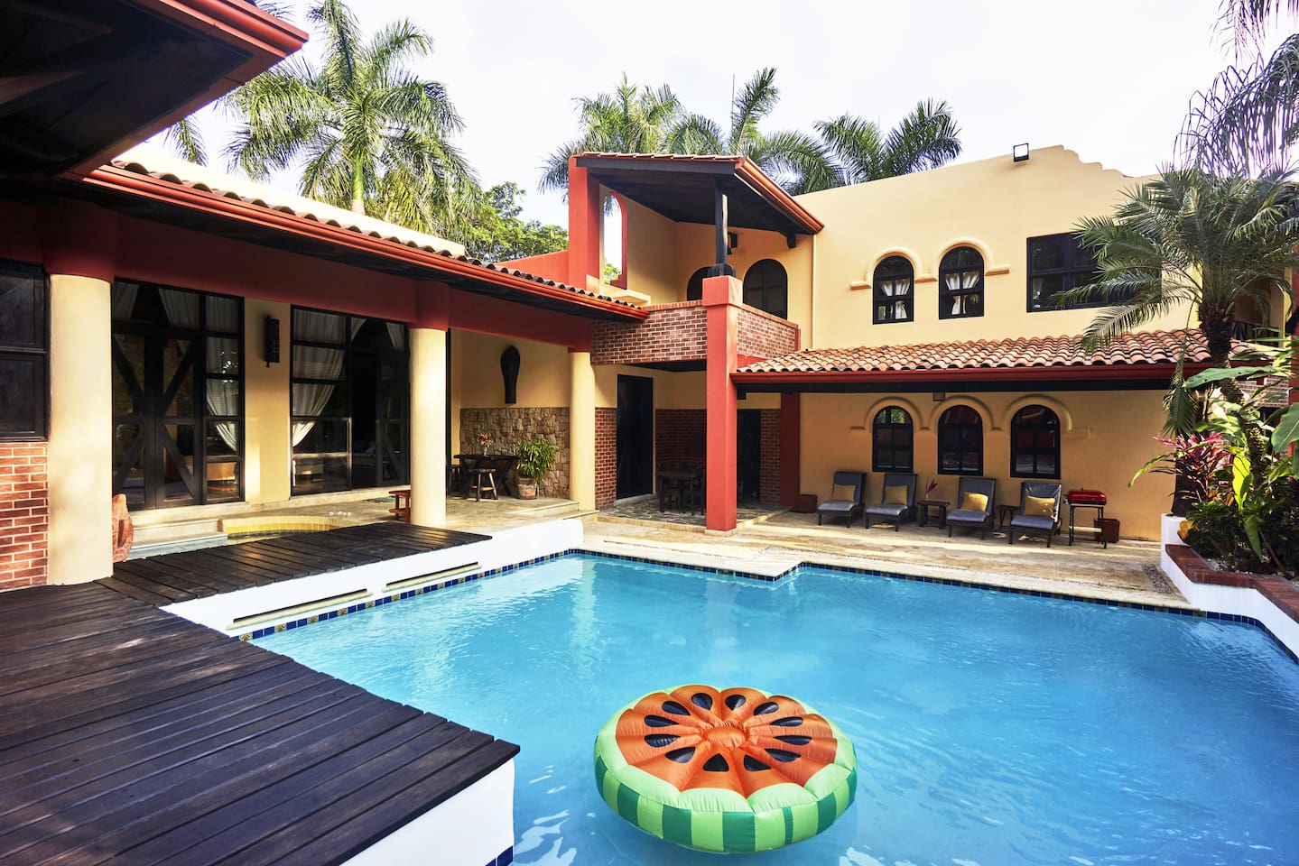 With the common areas to the left, the pool is centrally located and easily accessible for all guests