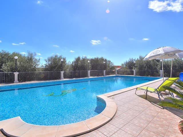 3-room house, detached, for 4 people, 100 m² Marianna
