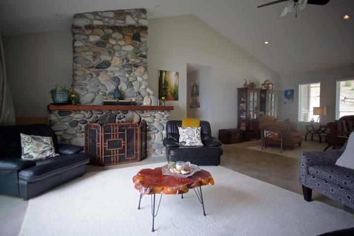Halfmoon Haven Oceanview Suite