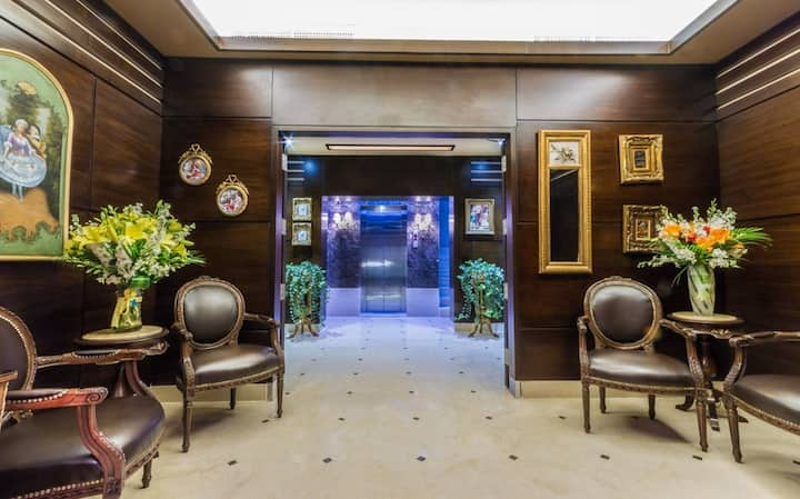 Nadine Hotel & Suites/Deluxe Single Room