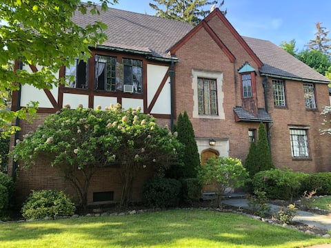 1937 Renovated Tudor Home In Heart of Downtown