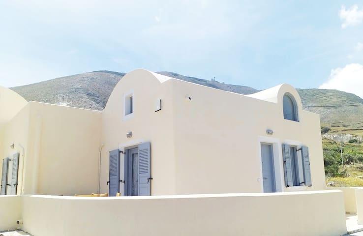 Villa Divina Private  Traditional  House