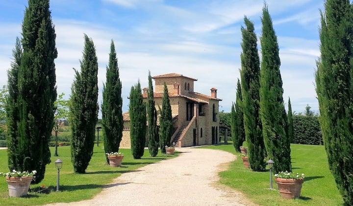 Fabulous Villa Nestled Among the Vineyards and Cypresses