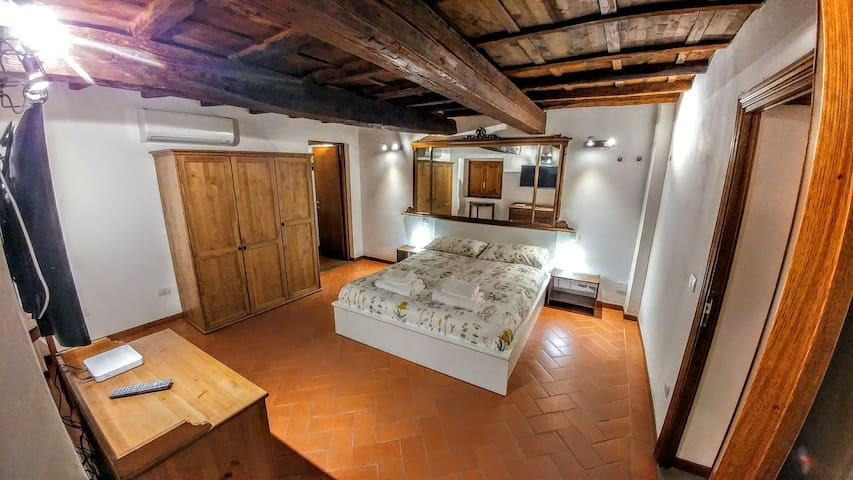 Bedroom 1, with king size bed
