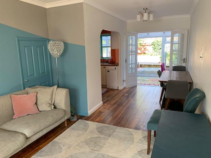 Modern 2 bed House near Victoria Park & Shoreditch