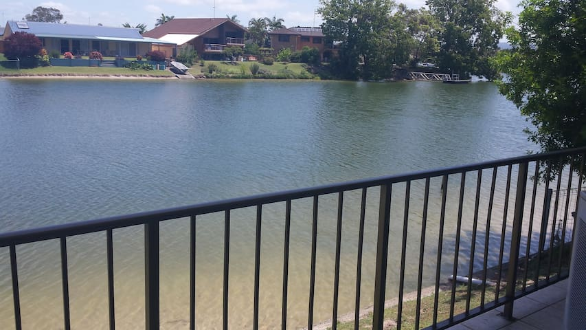 Waterfront Retreat - Tweed Heads - Apartment