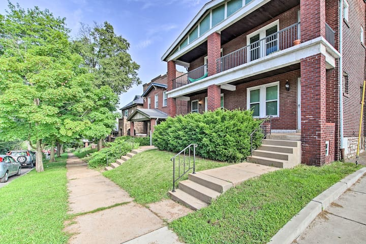 NEW-Historic Tower Grove South Apartment w/Balcony