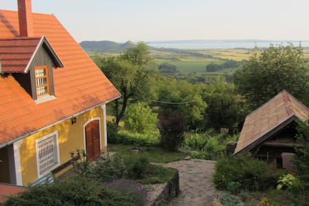 Rustic Panorama cottage at Balaton - Hegymagas - Hus