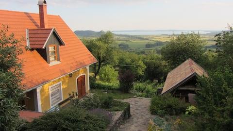 Rustic Panorama cottage at Balaton