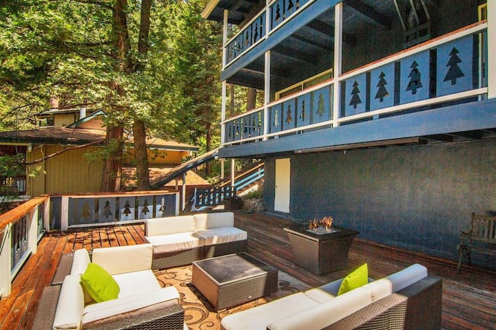 Our massive outdoor deck allows you plenty of time to soak up the sun during the day or stargaze at night