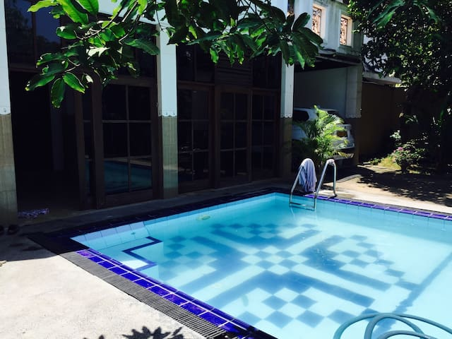 Chuty,s villa 2 km to the beach - Kalutara - House