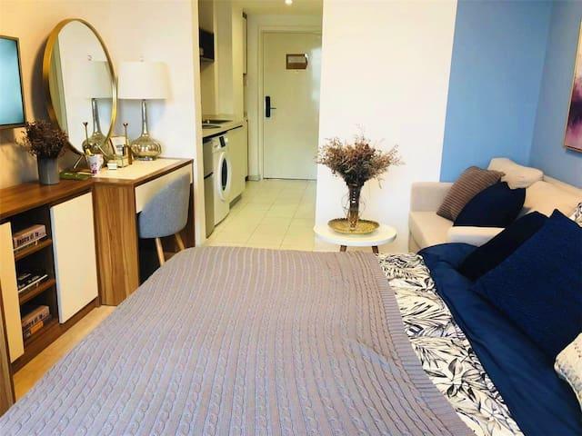 Wanhe Apartment