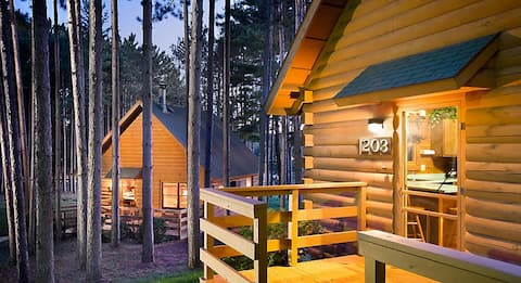 Christmas Mountain Village Cozy 2 Bedroom Cabin!