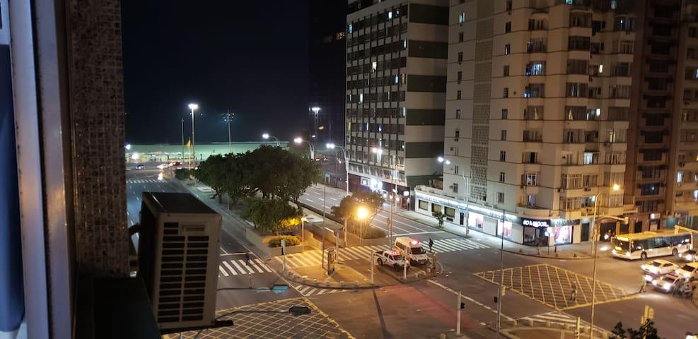 Apartamento com vista para o mar em copacabana