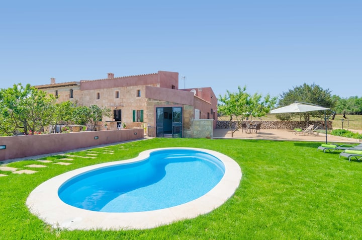 CAN POTDIR - Villa with private pool in Ariany. Free WiFi