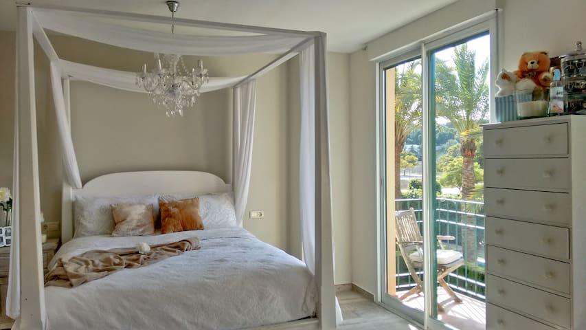 Charming Room in El Arenal