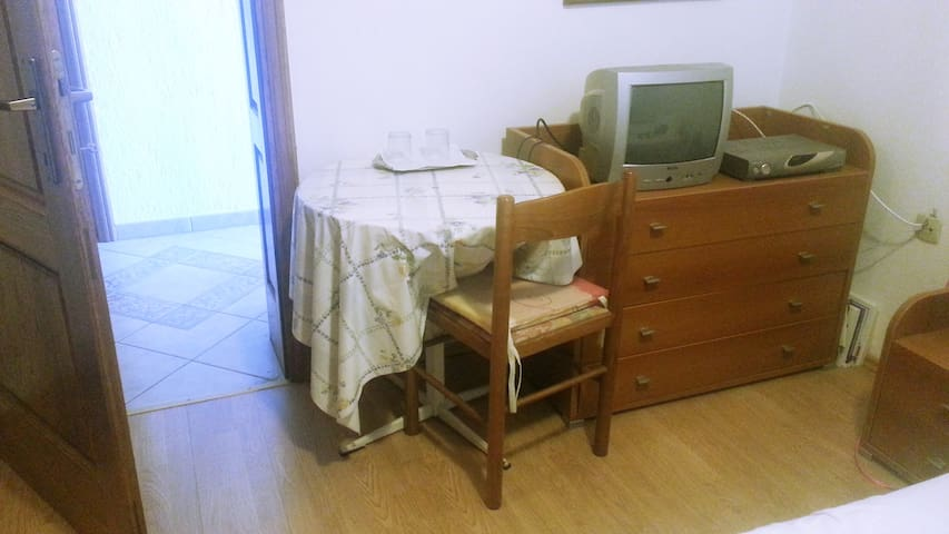 Great room close to city center - Poreč - Dům