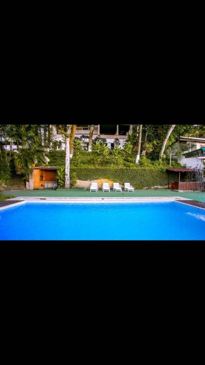 Joá Pool House, safe Rio vista de frente pra praia
