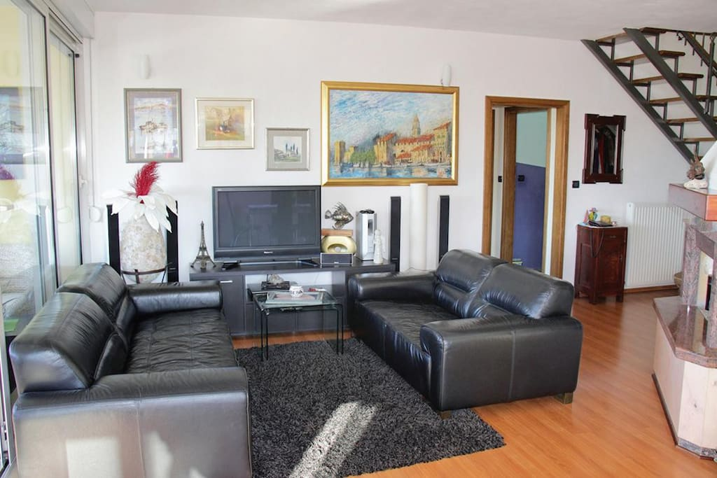 Living room 1, Surface: 24 m²