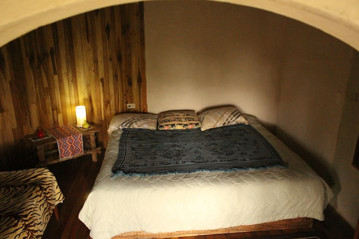 Private room with two twin and one double beds- beautiful views-Private bathroom