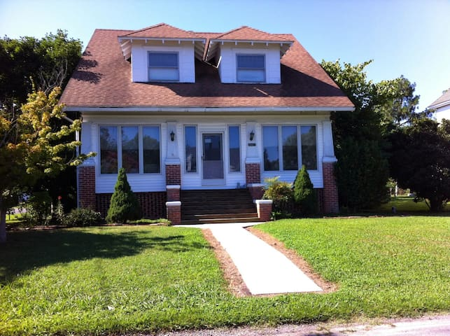 The Onley Bungalow to Visit on the Eastern Shore!